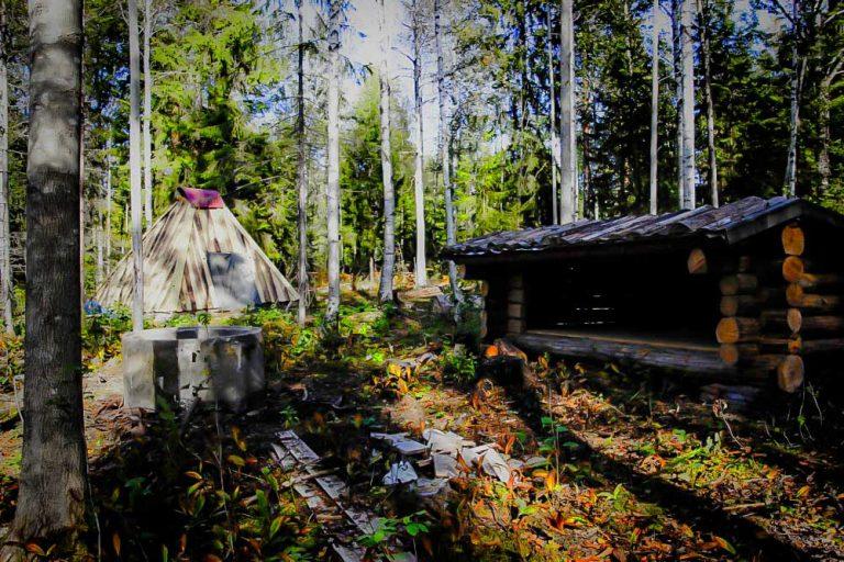Vildmarksby boende camping